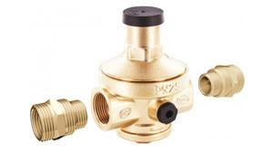 Membrane pressure reducer valve with filter